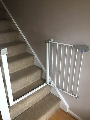 Lindam Stair Gate 2 pieces- Pressure Fitted in Excellent Condition!