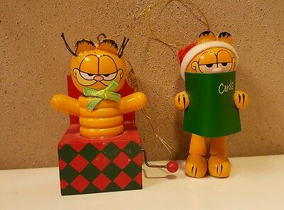 2 DAKIN Garfield Wood Ornaments Jack in the Box & Caroler