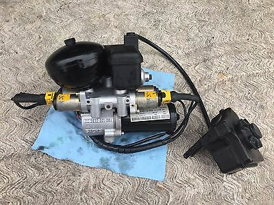 BMW M3 E36 Euro SMG pump and Actuator (2 parts)