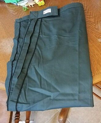 Carriage Driving apron. green with black trim