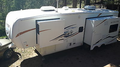 2009 Big Country Fifth wheel RV