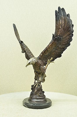 LARGE EAGLE BRONZE & Cast Iron Base EAGLE Sculpture Statue Hot Cast Figurine Art
