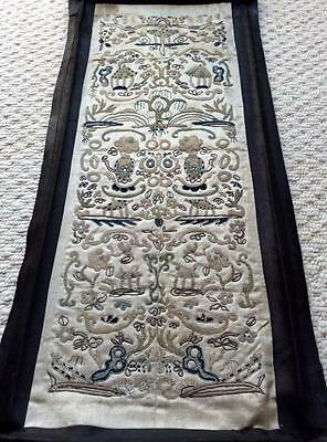 Very Nice Antique 18Th Century Chinese Silk Embroidered Sleeve Band