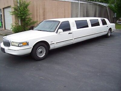 1996 Lincoln Town Car Limo 1996 Lincoln stretch Limo