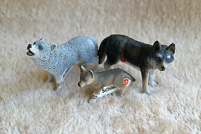 Schleich Wolves 14605/14606/14626, Retired