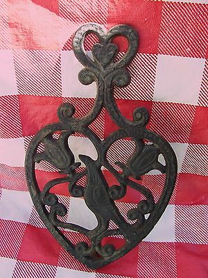"Vintage Cast Iron 8"" 3-footed Trivet Bird Theme #48"