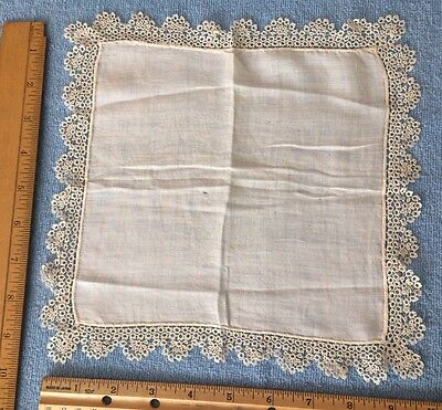 Beautiful antique Victorian Tatting lace border handkerchief White
