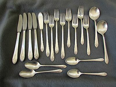 Vintage MANHATTAN SILVERPLATE FLATWARE Rogers Bros - 19 PC SERVICE FOR FOUR