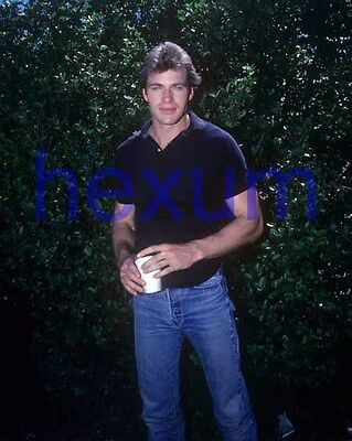 JON ERIK HEXUM #459,EXCLUSIVE PHOTO,closeup,VOYAGERS,the making of a male model