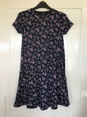 Asos Maternity swing Dress Size 6 Floral