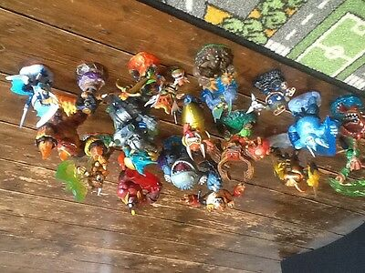 Selection of 20 Skylander figures