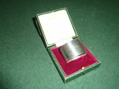 Hallmarked 1912 Solid Sterling Silver Elkington Napkin Ring in Box