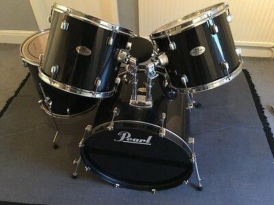 Pearl Forum Series Drum Kit Black Five Piece Hardly Used In Lovely Condition