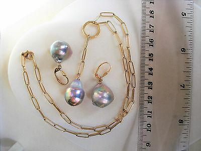 STUNNINGLY BEAUTIFUL!!! Tahitian Pearls Earring and Necklace set 14k, 20.6 Gr.