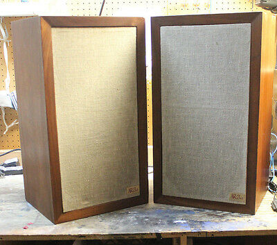 Vintage Acoustic Research AR-3a Speakers.