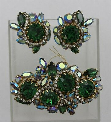 Vintage HATTIE CARNEGIE Emerald Aurora Rhinestones Green Brooch & Earrings Set