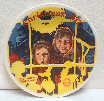 Norman Rockwell CHRISTMAS 1977 Collector Plate ~ The Toy Shop Window ~ Knowles