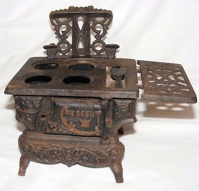 Antique Cast Iron Salesman's Sample Crescent Stove Range Miniature Model