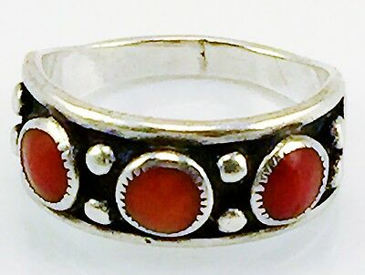 Vintage Sterling Silver & Coral Ring Band Three Stones Good Deal Size 6.5