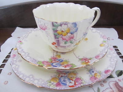 Beautiful Rare Paragon  ''summer Roses''   - Cup / Saucer Plate Trio