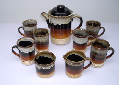 ASHDALE POTTERY PRODUCTS-9 piece Coffee Set 70/80s retro