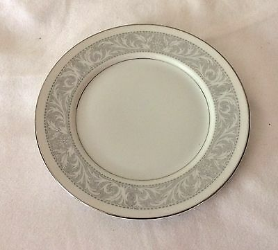 IMPERIAL CHINA WHITNEY DESIGNED BY W. DALTON Bread Dessert Plate Dish 6.5 Inch