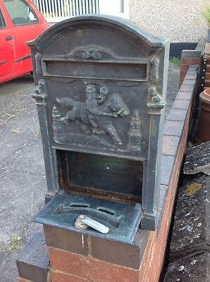 Vintage Cast Iron Wall Mounted Post Box Letter Mail Box