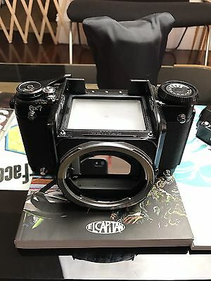 Pentax 6x7 MLU SLR With TTL Prism