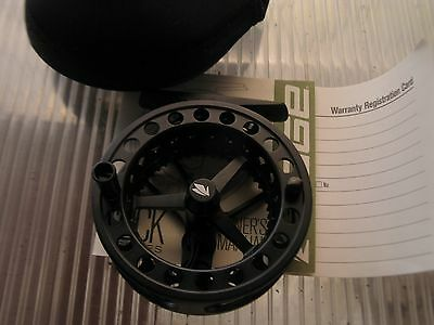 Sage Click series II fly fishing reel, new and boxed.80 mm diameter.#3 or 4 line