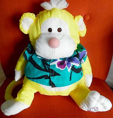 Vintage Fisher Price Puffalumps Yellow Monkey Wild Thing w Green Shirt 1987 EUC!