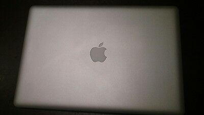 Macbook Pro 15 early-2011 (Core i7 / 8GB / 480 GB SSD) mint
