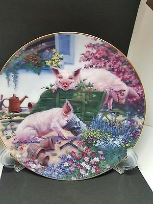 PIGS IN BLOOM Squealbarrow Danbury Mint Pig Farm Country JOAN WRIGHT Plate