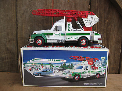 1994 HESS TOY RESCUE FIRE TRUCK - NEW IN BOX VINTAGE LIGHTS Siren SOUNDS