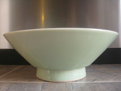 Antique Japanese Meiji Fine Celadon Porcelain Conical Chawan Footed Bowl