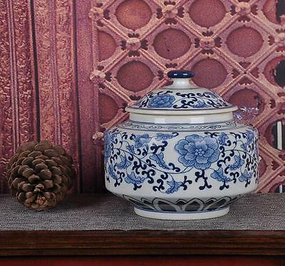 chinese Jingdezhen ancient Blue and white porcelain sculpture flower tea caddy