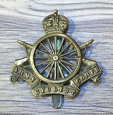 Army Cyclist Corps  World War Bronze Cap Badge.