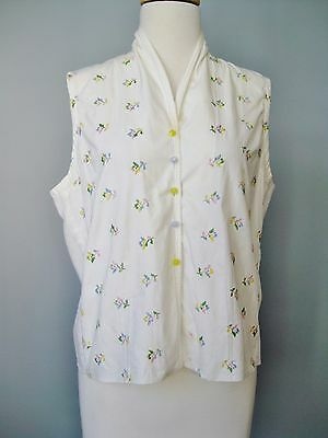 Vintage 50s Blouse Judy Bond Embroidered Cotton Sleeveless Buttondown shirt