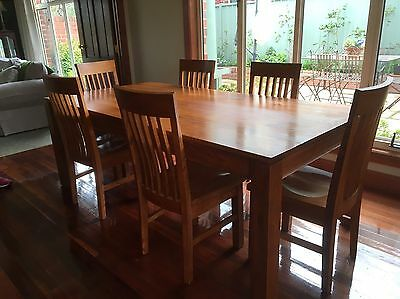 Solid Hardwood Tasmanian Oak Dining Table And Six Chairs