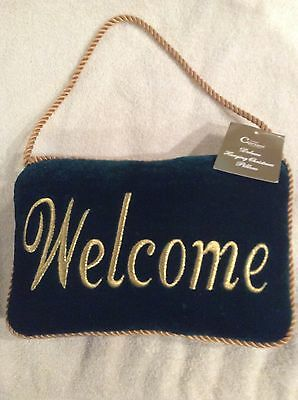 Welcome Velvet Deluxe Green and Gold Hanging Pillow Home Decor Accent Plush