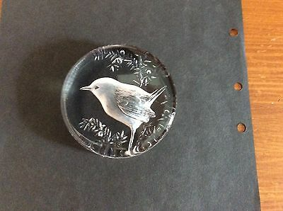 Mats Johnson Wren Etched Crystal Art Glass Paperweight Vintage Model 9203