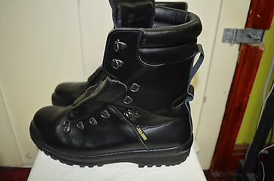 British Army Extreme Cold Weather Gore-Tex Pro Boots UK SIZE 11 M Medium