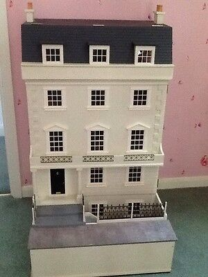 Large Luxury Georgian Dolls House With Basement Built & Decorated 1:12 Scale