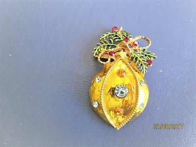 Vintage Gold Tone Christmas Ornament With Rhinestones Pin