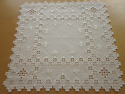 """HARDANGER NEW BEAUTIFUL HANDCRAFTED  center psc/ tabel cloth white 20.5""""x20.5"""""""