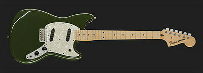 FENDER MUSTANG MN OFFSET Olive green, chitarra ELETTRICA,nuova.