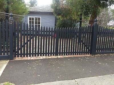 Long Picket Fence - Quick Sale - over 24m distance