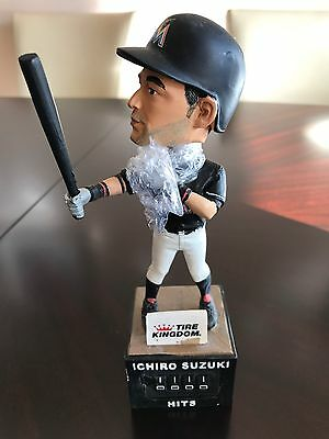 Ichiro Suzuki Miami Marlins 2016 Bobble Head Doll 3000 Hit Counter SGA NEW mint