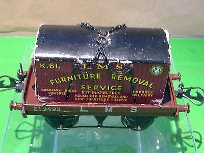 Hornby No1 O gauge Flat Truck with Container (R160)