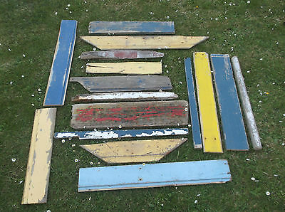 Driftwood.quantity Of Large Coloured Pieces..job Lot