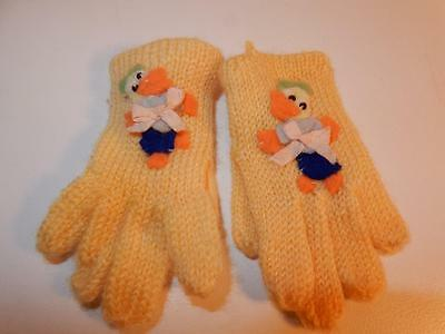 VINTAGE 1950s DOLL TINY SIZE GLOVES WITH DUCKS SOOO CUTE TEENSIE 2.75""